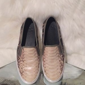 COACH CHRISSY STYLE SNAKE SKIN LOAFERS LUV THEM💋